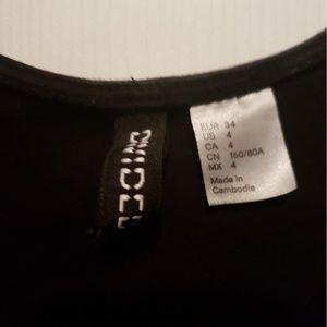 H&M Dresses - H&M Little Black Dressc
